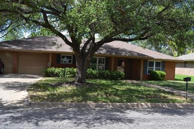 San Angelo Single Family Home For Sale: 3110 Lindenwood Dr