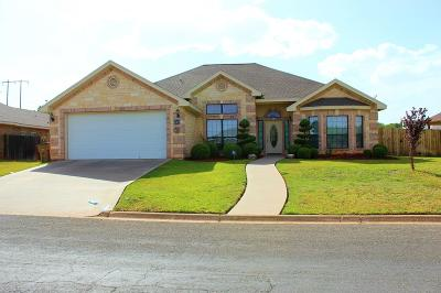 San Angelo Single Family Home For Sale: 705 Hunters Glen Rd