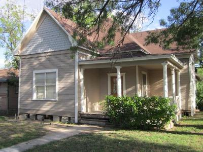 San Angelo Single Family Home For Sale: 521 Spaulding St