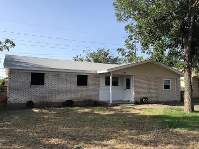 San Angelo Single Family Home For Sale: 1827 Edmund Blvd