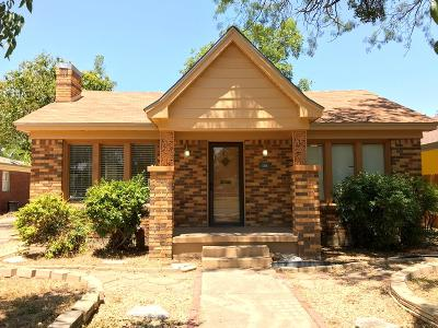Single Family Home For Sale: 1858 Live Oak St