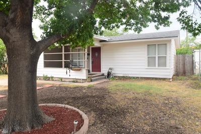 Single Family Home For Sale: 2506 W Harris Ave
