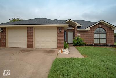 Bluffs Single Family Home For Sale: 5810 White Castle Lane