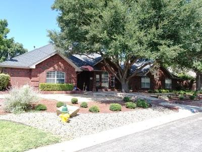San Angelo Single Family Home For Sale: 2754 Oak Hills Tr