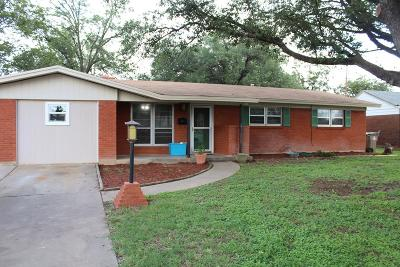 San Angelo Single Family Home For Sale: 2720 Lsu Ave