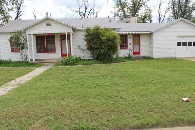 San Angelo Single Family Home For Sale: 101-109 E 19th St