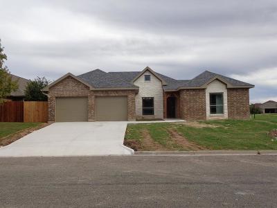 San Angelo Single Family Home For Sale: 2313 Club House Lane