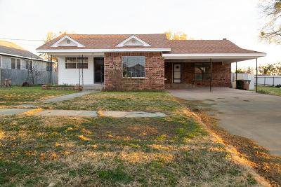 San Angelo Single Family Home For Sale: 27 W 17th St