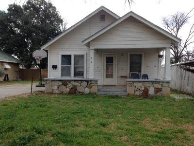 San Angelo Single Family Home For Sale: 917 Koberlin St