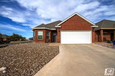 San Angelo Single Family Home For Sale: 1998 Overhill Dr