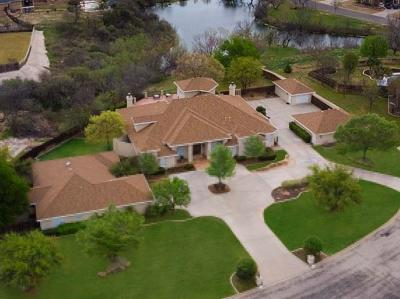 Bluffs Single Family Home For Sale: 606 Ashford Dr