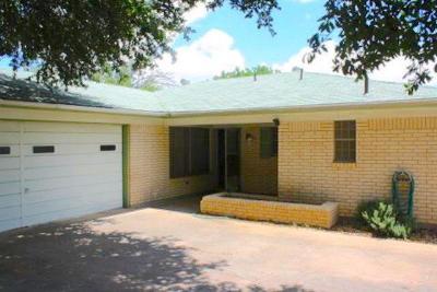San Angelo TX Single Family Home For Sale: $127,000