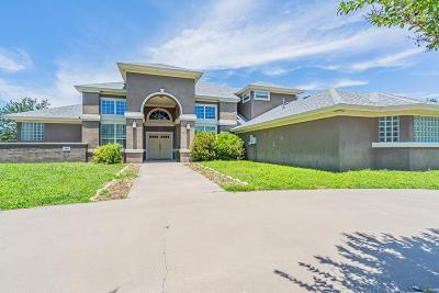 San Angelo Single Family Home For Sale: 1202 Pinehurst Court
