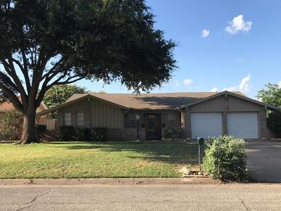 San Angelo Single Family Home For Sale: 3854 Deerfield Rd