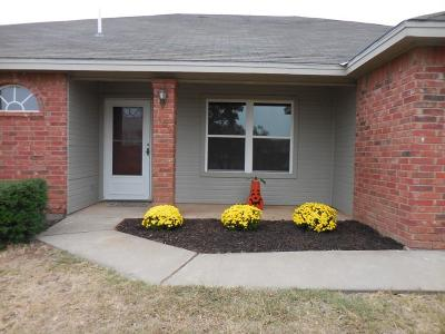 Bluffs Single Family Home For Sale: 1609 Amberton Pkwy
