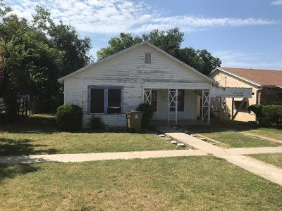San Angelo Single Family Home For Sale: 29 W 18th St