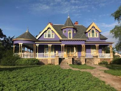Ballinger Single Family Home For Sale: 301 N 12th St