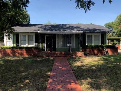 Single Family Home For Sale: 409 S Van Buren St