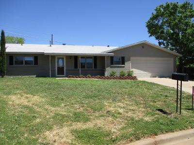 San Angelo Single Family Home For Sale: 2102 Dartmouth Place