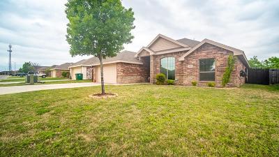 San Angelo Single Family Home For Sale: 3930 Caroline Ln