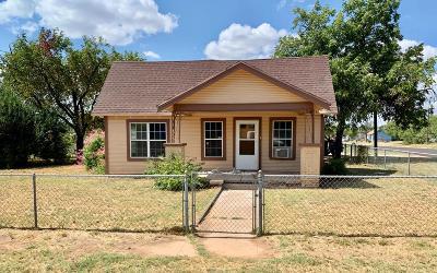 San Angelo Single Family Home For Sale: 1521 N Irving St