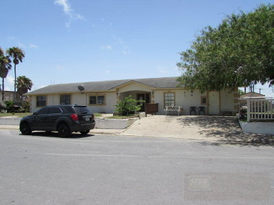 Port Isabel Multi Family Home For Sale: 810 S Musina