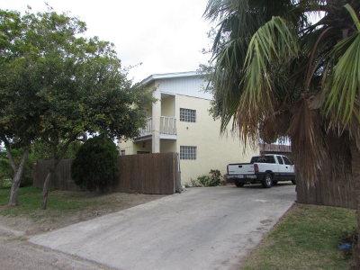 Port Isabel Single Family Home For Sale: 415 Cisneros