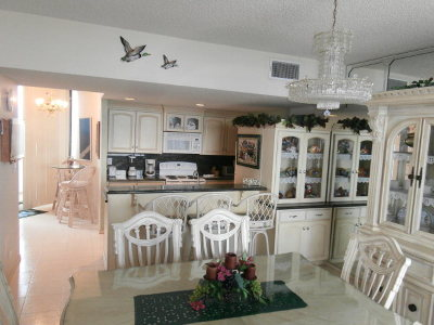 South Padre Island Condo/Townhouse For Sale: 1000 Padre Blvd. #904