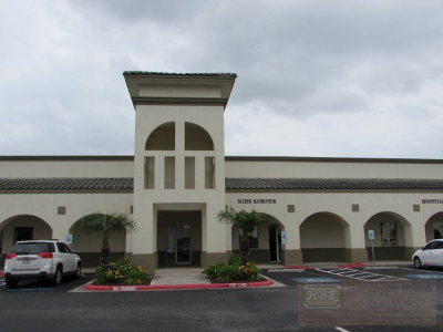 Harlingen Commercial For Sale: 512 Victoria Ln.
