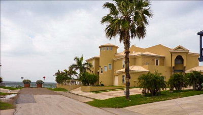 South Padre Island TX Condo/Townhouse For Sale: $1,189,000