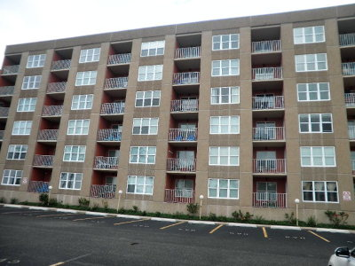 South Padre Island Condo/Townhouse For Sale: 130 Padre Blvd. #102