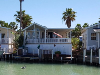 Port Isabel Single Family Home For Sale: 666 E Clam Circle