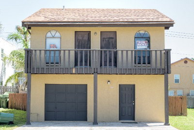 South Padre Island TX Single Family Home For Sale: $249,000