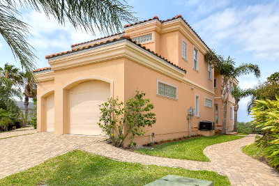 South Padre Island Single Family Home For Sale: 6109 Laguna Circle North