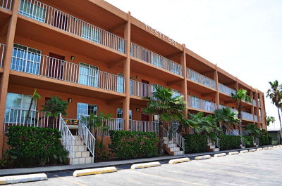 South Padre Island Condo/Townhouse For Sale: 115 E Amberjack St. #111