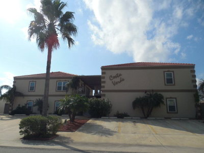 South Padre Island Condo/Townhouse For Sale: 103 W Dolphin St. #B1