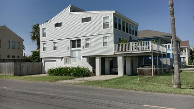 South Padre Island TX Single Family Home For Sale: $349,000