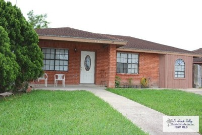 Brownsville Single Family Home For Sale: 440 Red Rose St.
