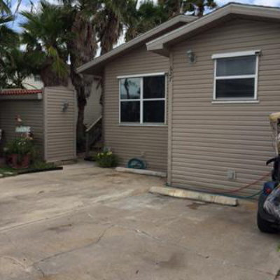 Port Isabel Single Family Home For Sale: 627 Sand Dollar Cir #627