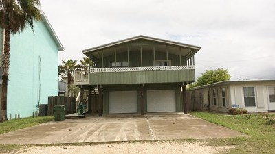 South Padre Island Single Family Home For Sale: 105 E Marisol Dr.