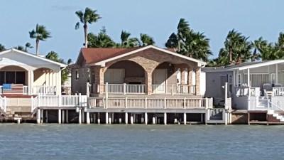 Port Isabel Single Family Home For Sale: 354 Sand Dollar Dr