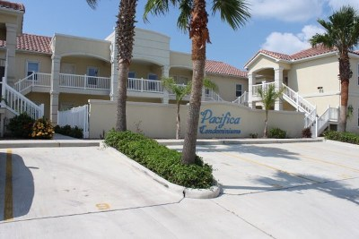 South Padre Island Condo/Townhouse For Sale: 109 W Cora Lee Dr. #7