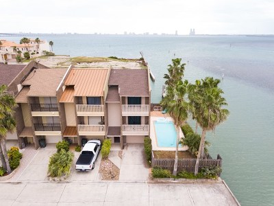 Port Isabel TX Single Family Home For Sale: $375,000