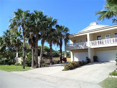 South Padre Island Condo/Townhouse For Sale: 208 W Campeche St. #B