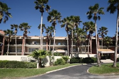 South Padre Island Condo/Townhouse For Sale: 110 E Verna Jean #104