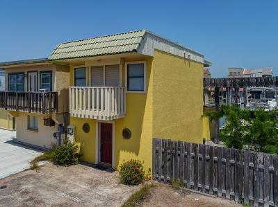 Port Isabel Single Family Home For Sale: 5 Windward Dr.