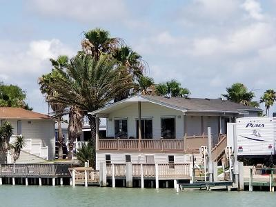 Port Isabel Single Family Home For Sale: 624 Sand Dollar
