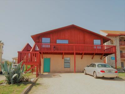 South Padre Island Single Family Home For Sale: 127 E Cora Lee Dr.