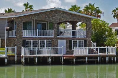Port Isabel TX Single Family Home For Sale: $249,000