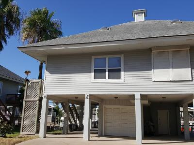 Port Isabel Single Family Home For Sale: 8 W Scallop